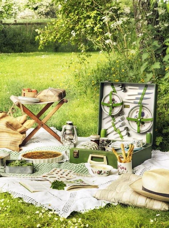 Аксессуары для пикника в винтажном стиле