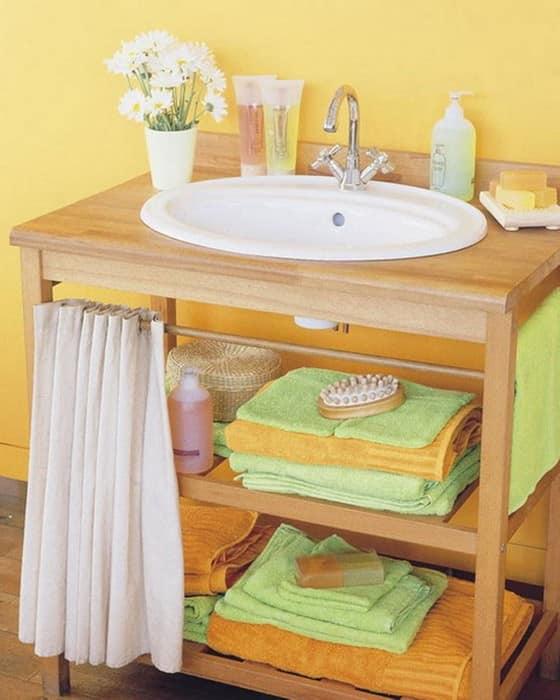 Шкаф для хранения вещей под раковиной со шторкой