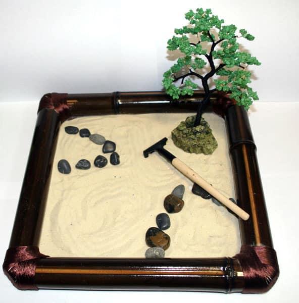 Суисеки - японский сад камней в миниатюре