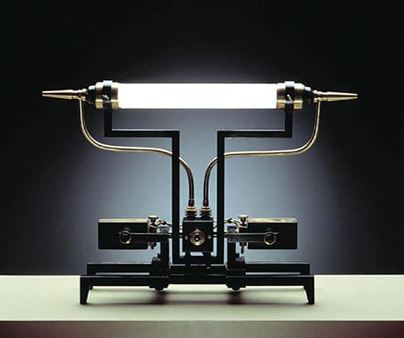 Стимпанковский стилизованный светильник