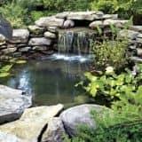 Красивый дачный водопад