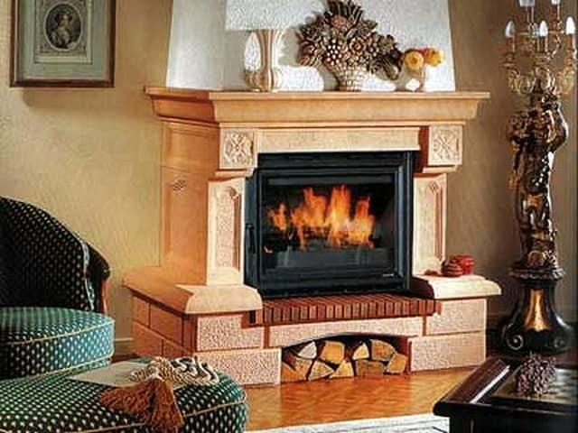 Настоящий камин можно устанавливать только в частном доме при соблюдении ряда требований и условий в целях обеспечения безопасности