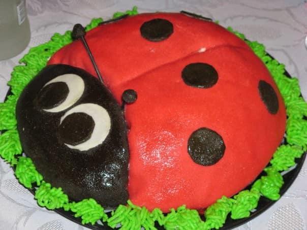 Торт Божья коровка для детского праздника