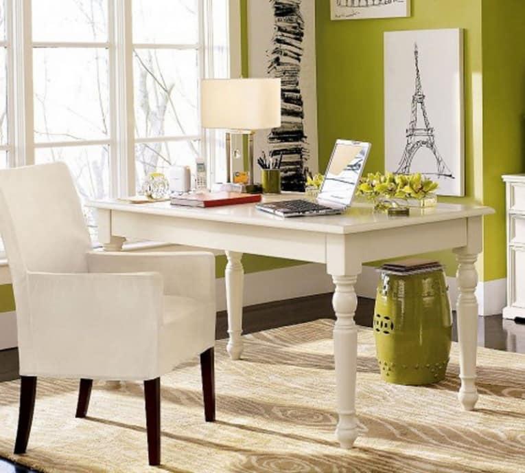 Письменный стол для домашнего кабинета