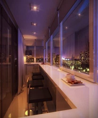 Последний писк - барная стойка на балконе