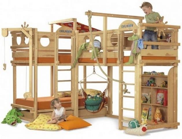 Спортивный детский уголок для просторной комнаты