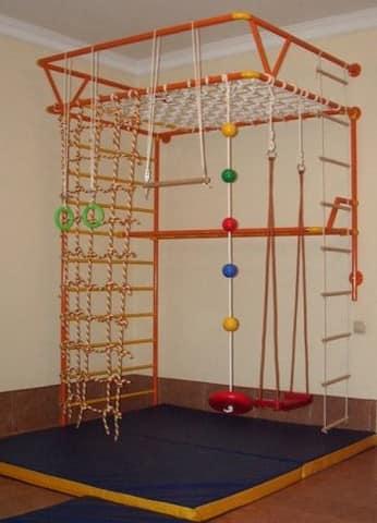 Спортивный уголок для детей в квартире