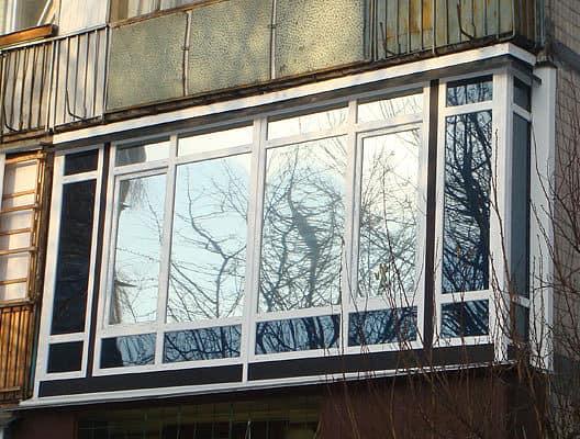 Типичный французский балкон для Москвы, Киева или Минска