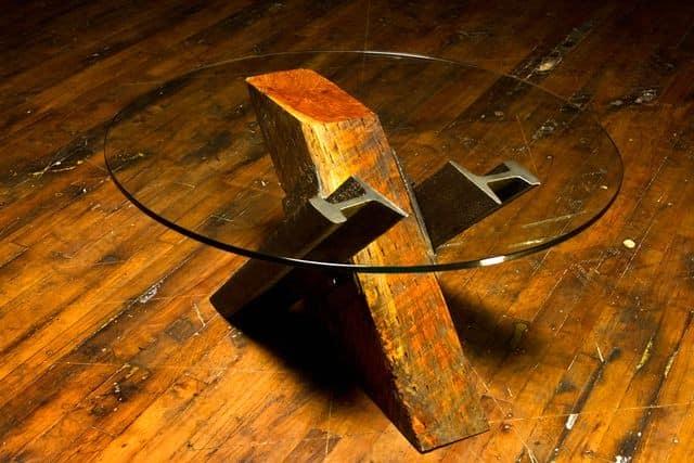 Годовые кольца дерева, из которого были сделаны шпалы