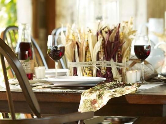 Как украсить стол початками кукурузы