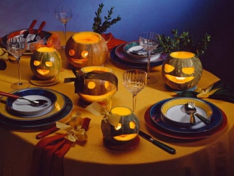 Оформление праздничного стола на Хэллоуин - фото