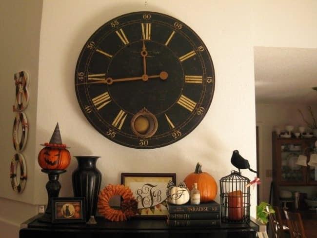 Часы пробили полночь...
