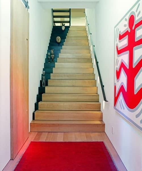 Визуальный эффект на ступеньках лестницы