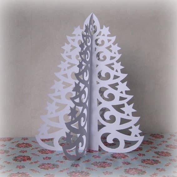Кружевная елочка из бумаги