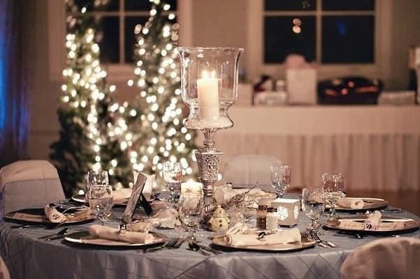 Сервировка стала для зимней свадьбы