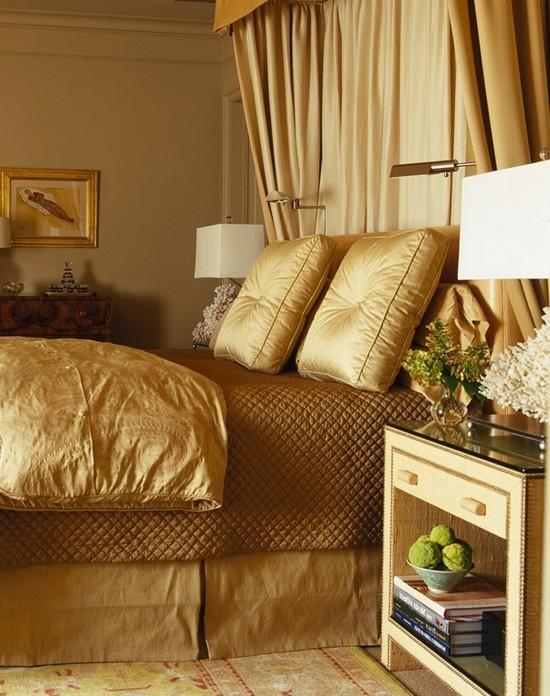 Золотой цвет в интерьере спальни