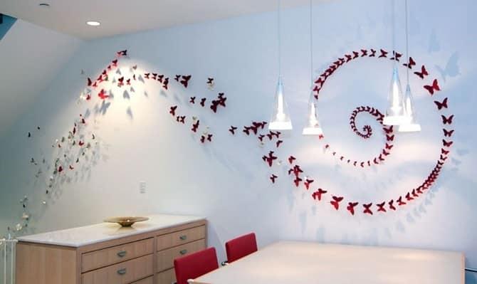 Бабочки из бумаги на стене