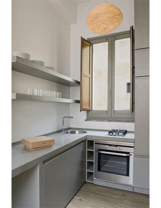 Кухня на балконе в стиле хай-тек
