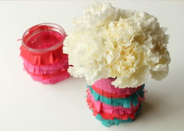 Ваза для цветов из стеклянной банки
