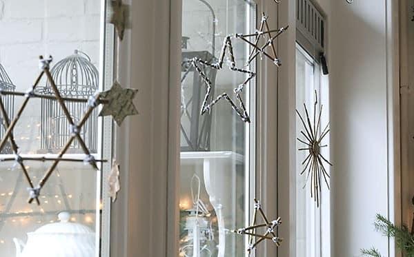 Новогодние звезды из прутьев своими руками