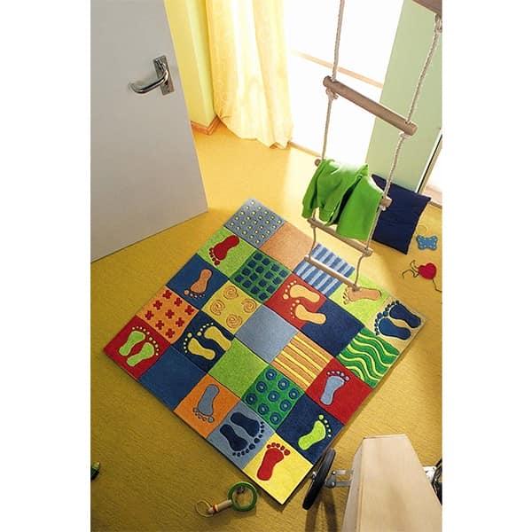 Декор полов детской комнаты