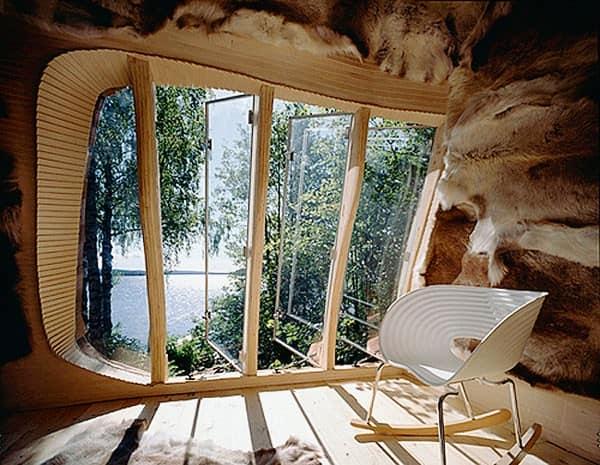 Интерьер лесного домика в эко-стиле