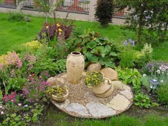 Оформление клумб и цветников камнями своими руками фото фото 945