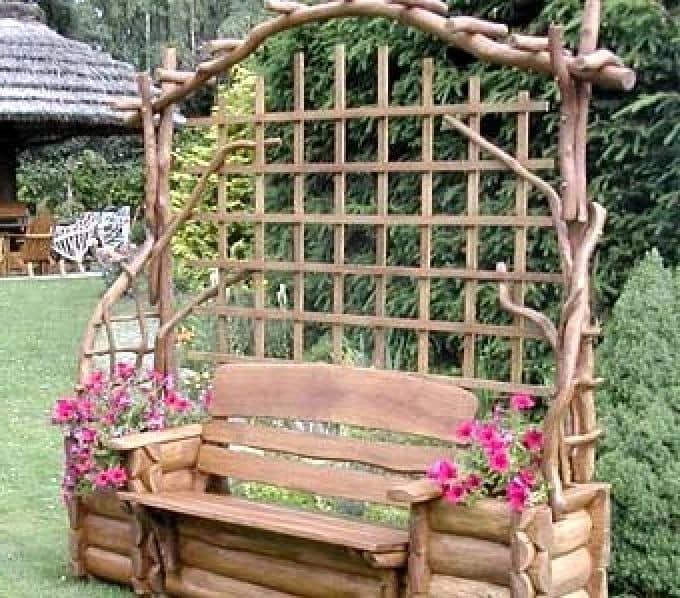 Садовая беседка-цветник