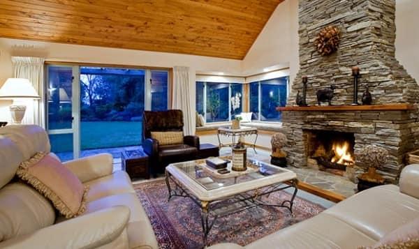 Мебель интерьера в стиле шале