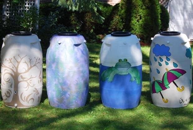 Декор пластиковых бочек для воды