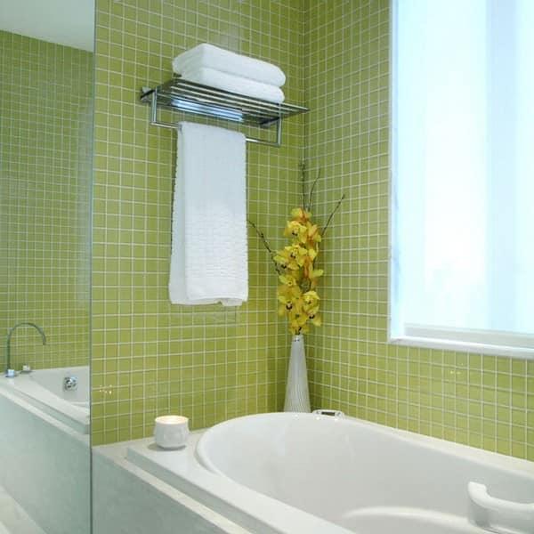 Цветовая гамма маленькой ванной комнаты