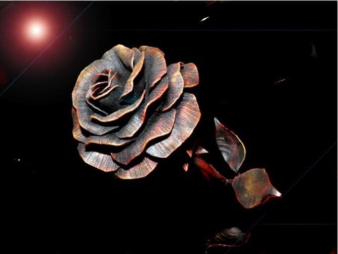 Готовая металлическая роза