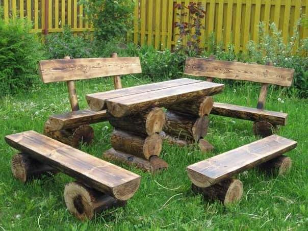 Садовая мебель из бревен