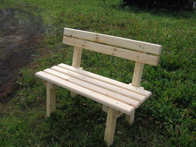 Скамейка из досок