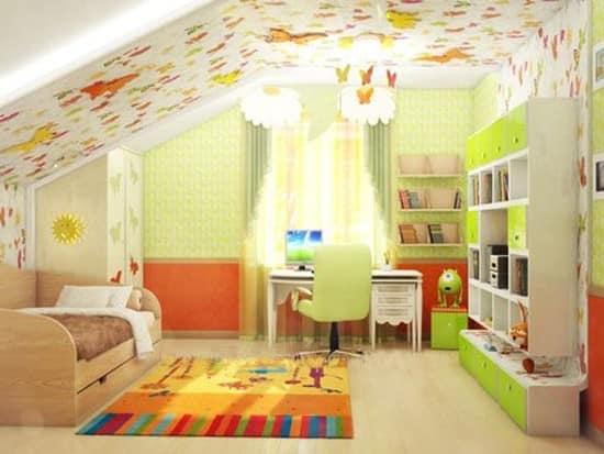Оформление стен и потолка в детской на чердаке (мансарде)