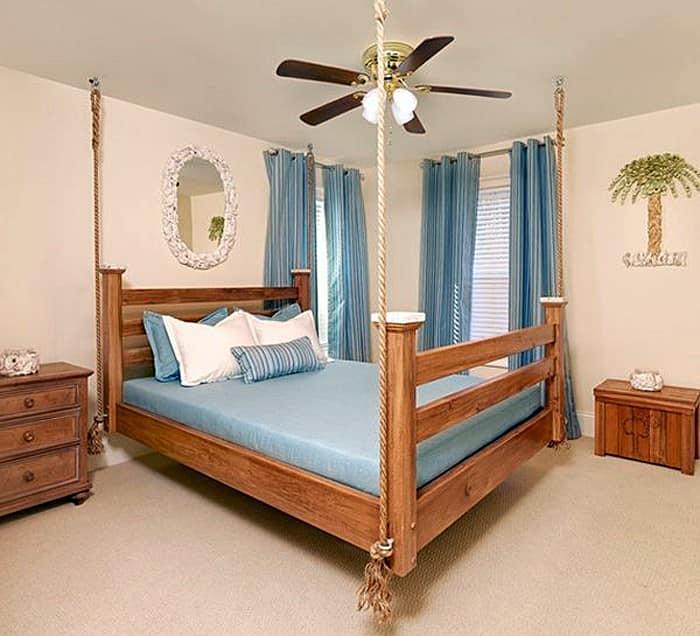 Подвесная прямоугольная кровать в интерьере