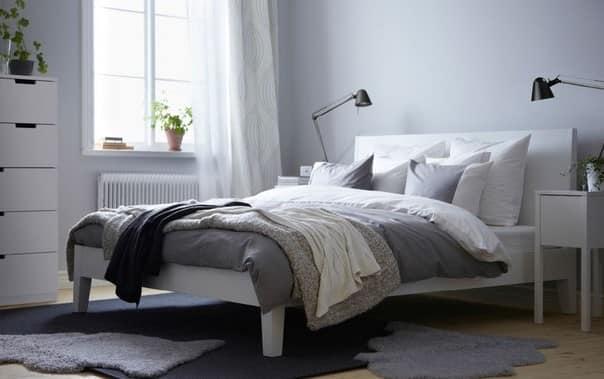 Кровать ИКЕА в интерьере спальни