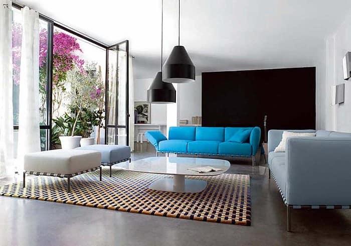 Яркий диван ИКЕА в интерьере