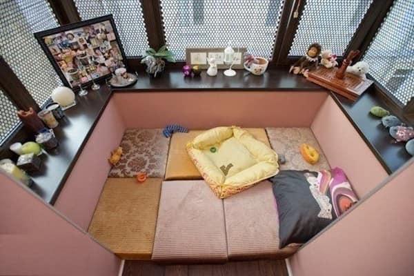 Маленький балкон в восточном стиле