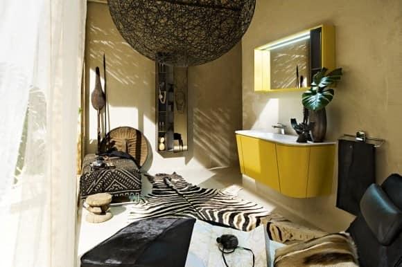 Цветной комод в современных стилях интерьера