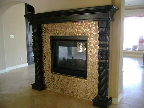 Мозаика в декоре камина