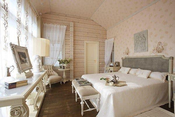 Правильная отделка деревянной спальни