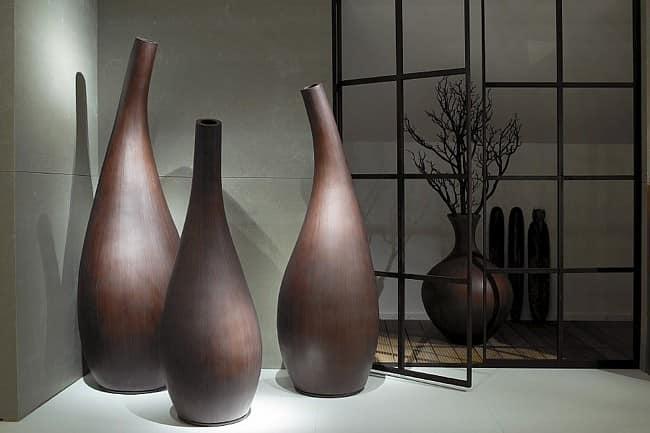 Напольные вазы в современном интерьере
