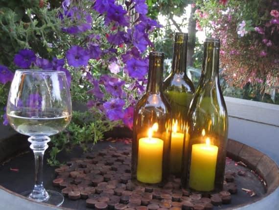 Подсвечники из стеклянных бутылок своими руками