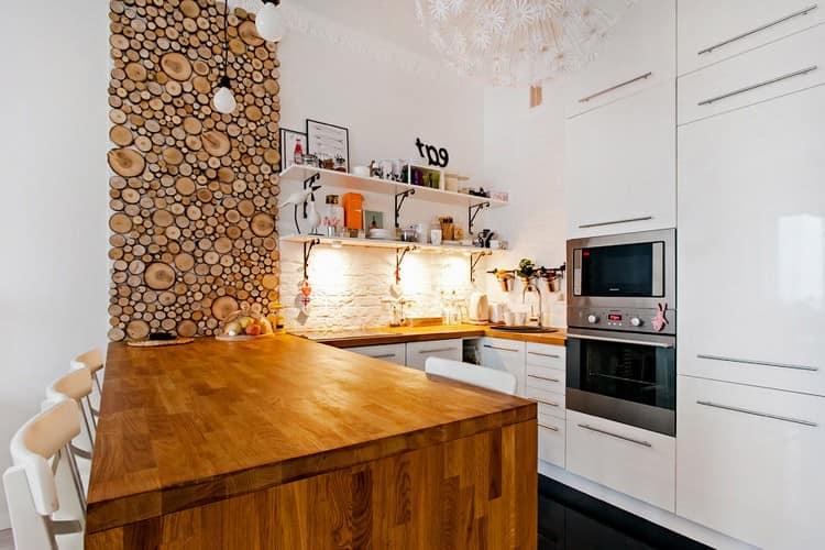 Деревянная столешница на кухне в скандинавском стиле