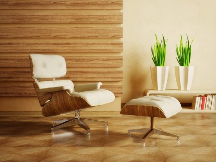 Дизайнерские деревянные кресла в гостиной