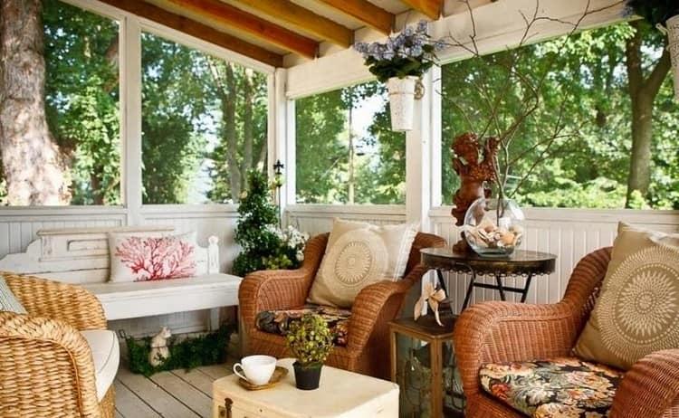 Плетеная мебель для дачной веранды