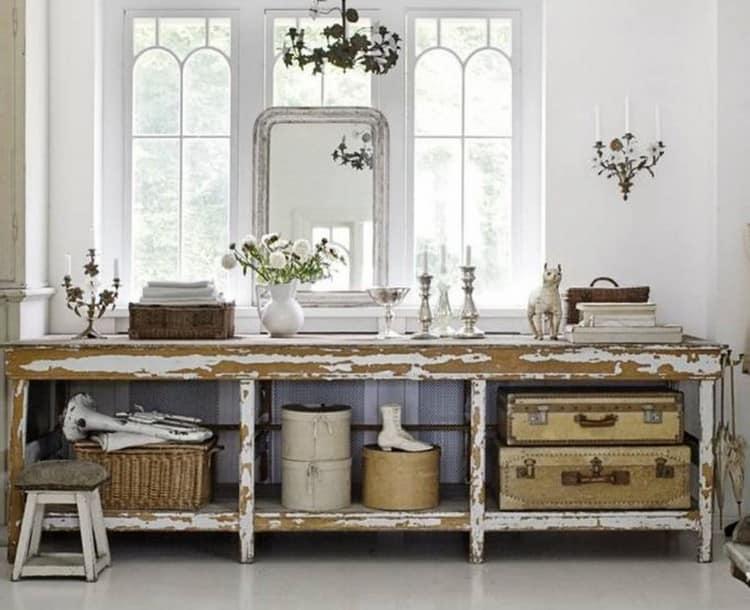 Корзины и другие элементы декора для ванной комнаты