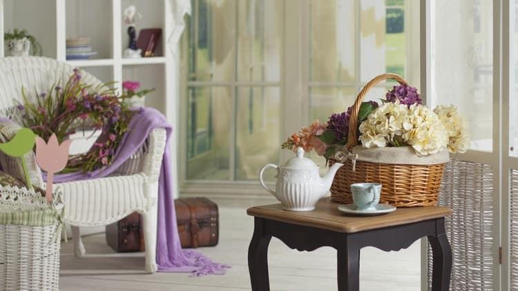 Фото плетеных корзин в живых интерьерах