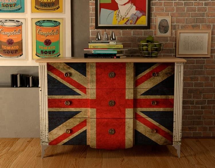 Комод с британским флагом своими руками